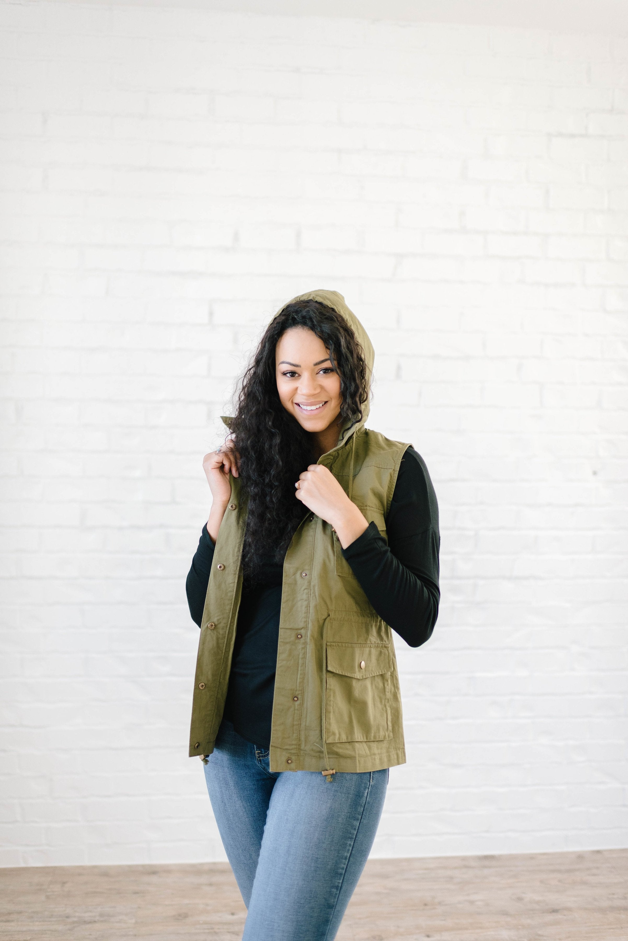 Scout Vest in Olive