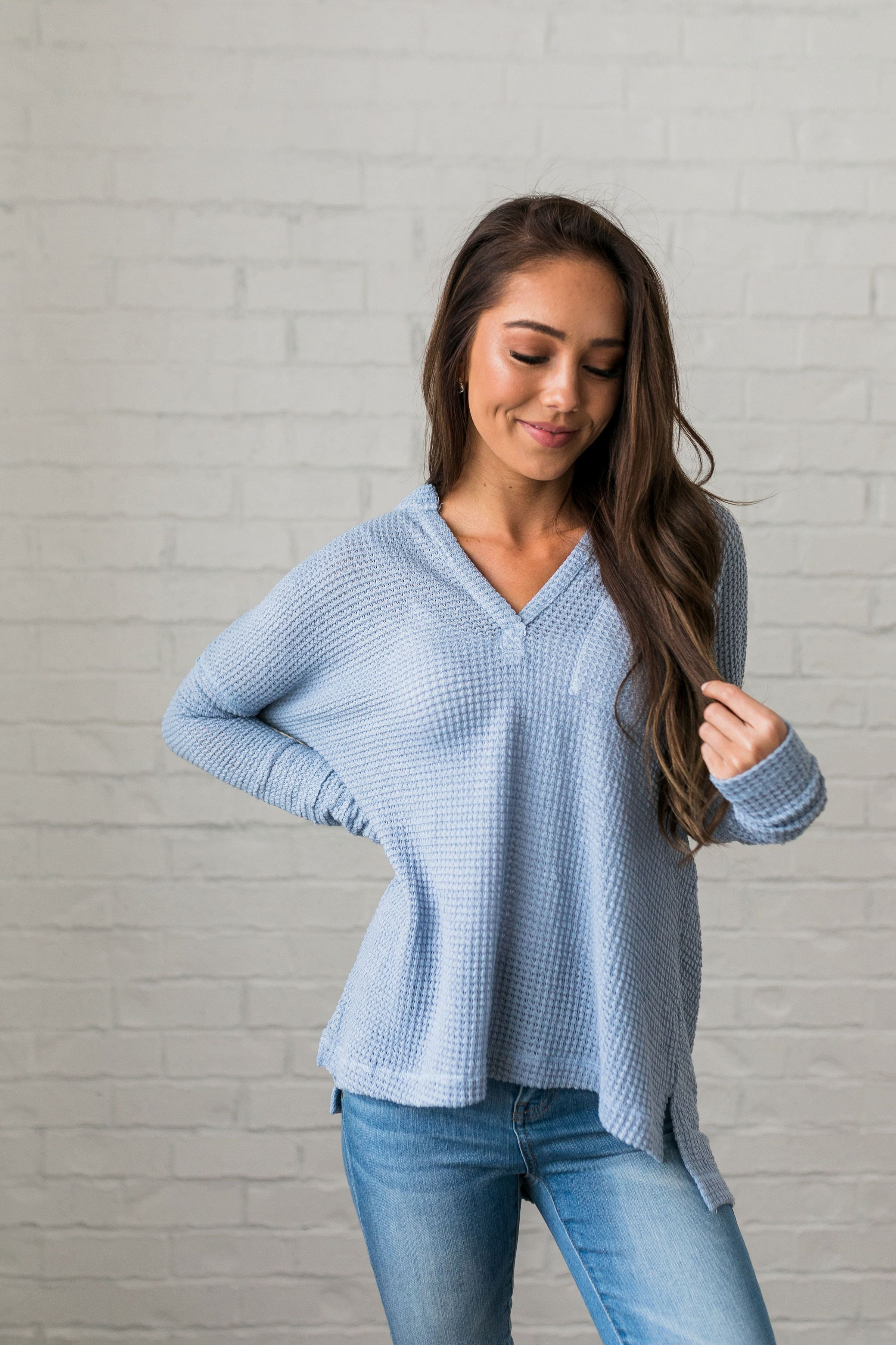 Waffle Knit V-Neck Tee In Sky Blue - ALL SALES FINAL
