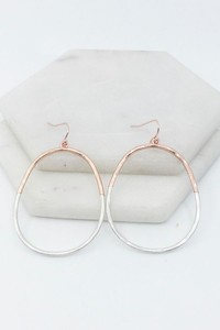 Wannabe Worn & Wonky Hoop Earrings
