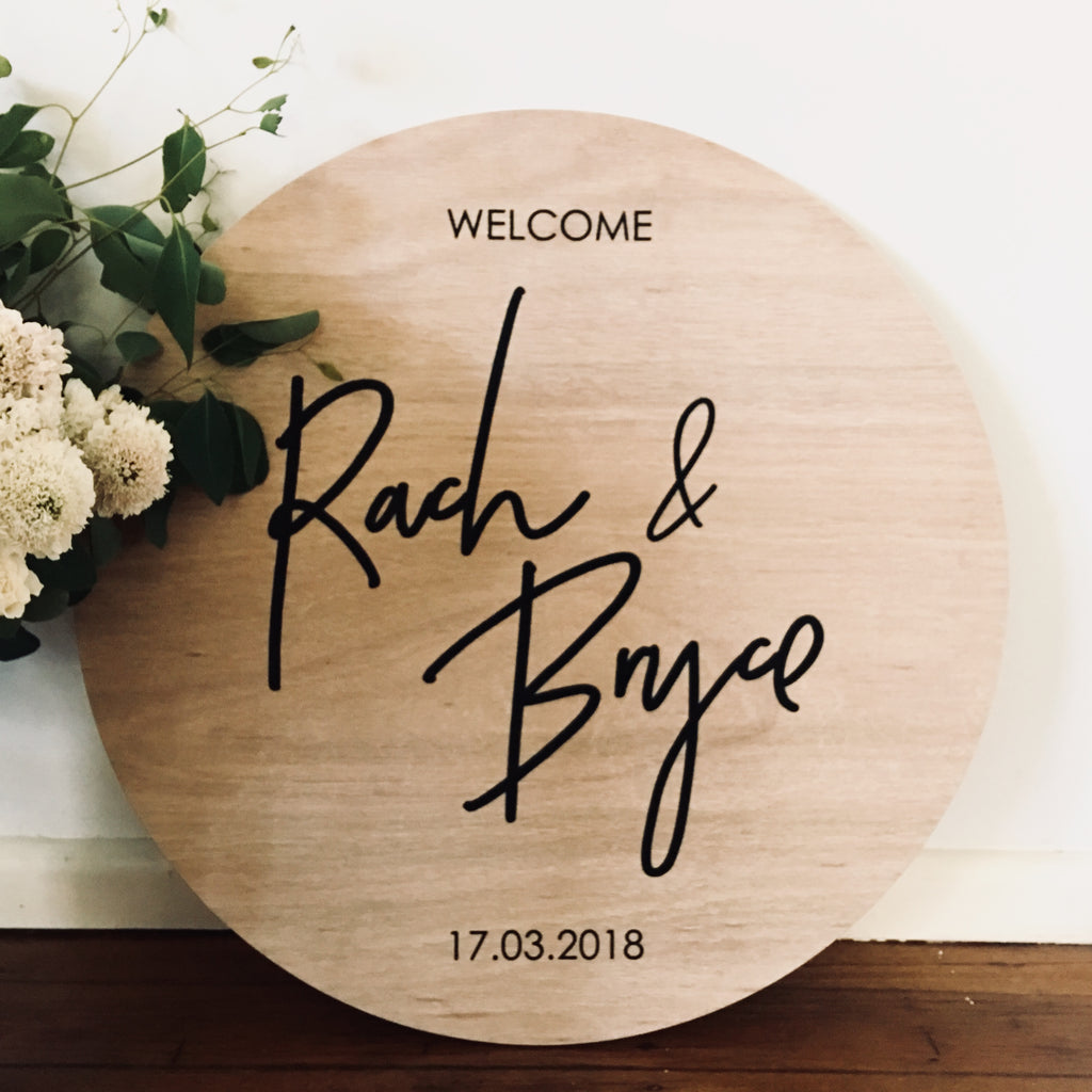 ROUND PLY WELCOME SIGN