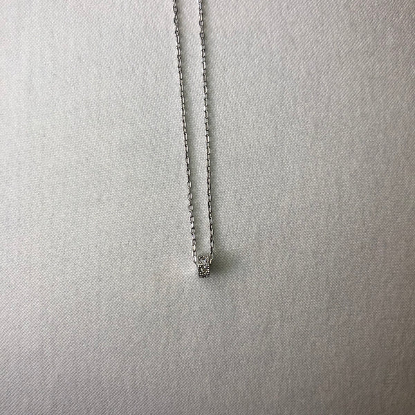 Roll necklace