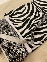 Hijabi Friendly Face Mask - Zebra