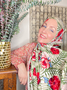 Limited Edition Printed Jersey Hijab: Second Hawaiian Honeymoon