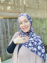 Limited Edition Printed Jersey Hijab: Antique Roses