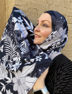 Limited Edition Printed Jersey Hijab: Island Princess