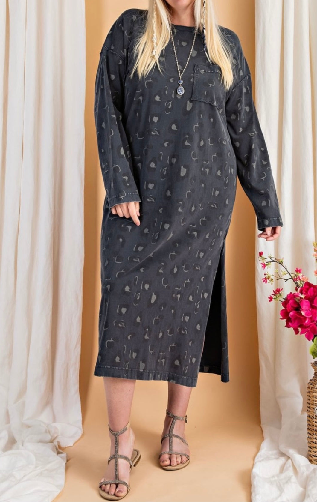 PLUS SIZE Leopard Print Tunic Dress - Charcoal Black