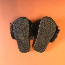 AKID Aston Black Fluffy Slides Unworn EU 29, US 12, UK 11
