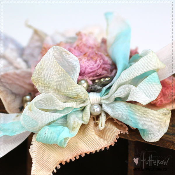 Fluffy Bow Tutorial and Template
