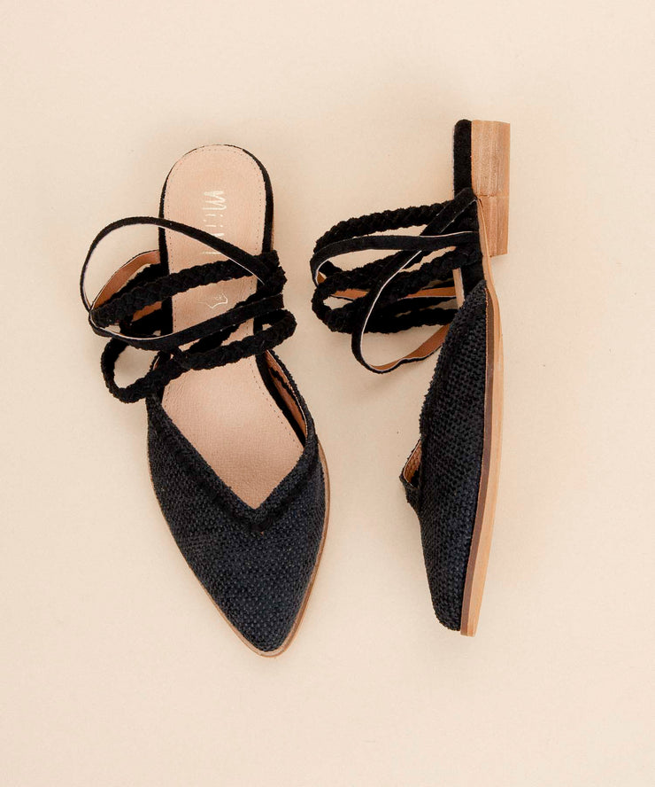 Akemi black Pointed Canvas Mules