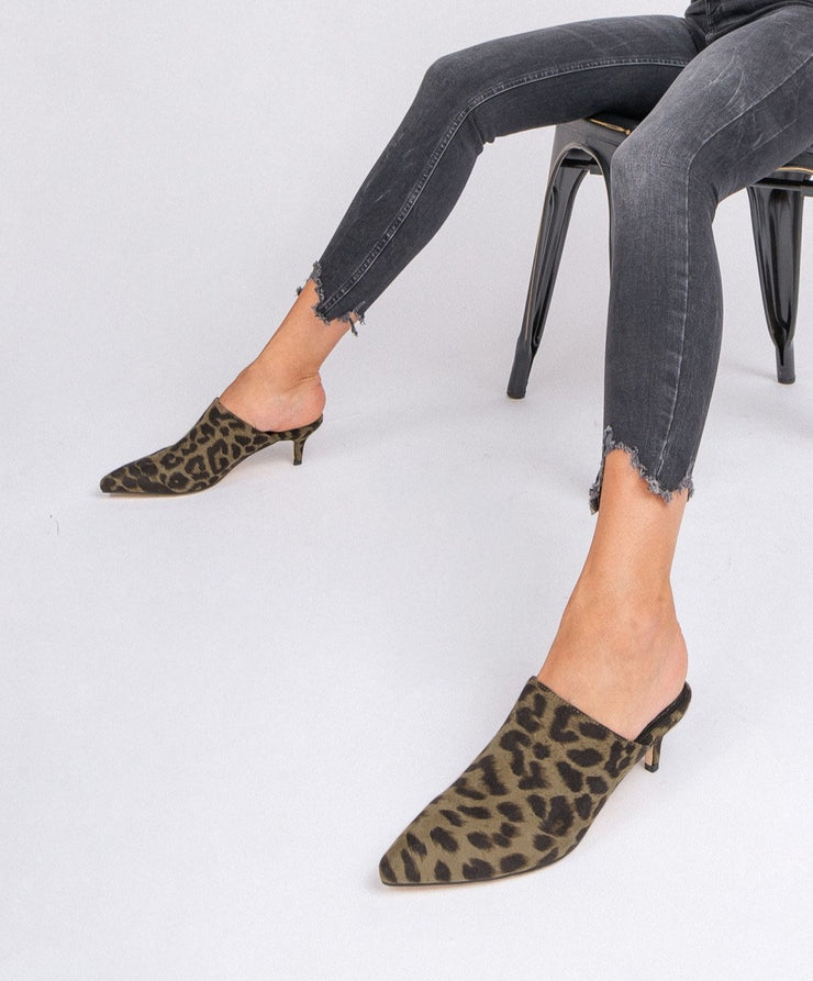 The Anya olive Pointed Kitten Heel Mule