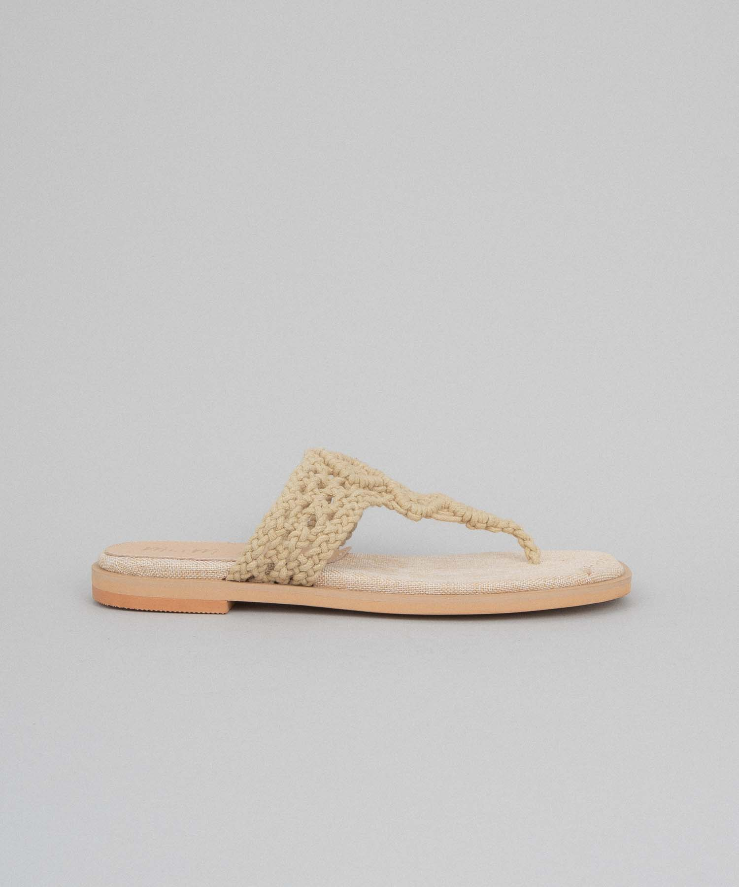 Cecilia beige Handwoven Thong Sandal