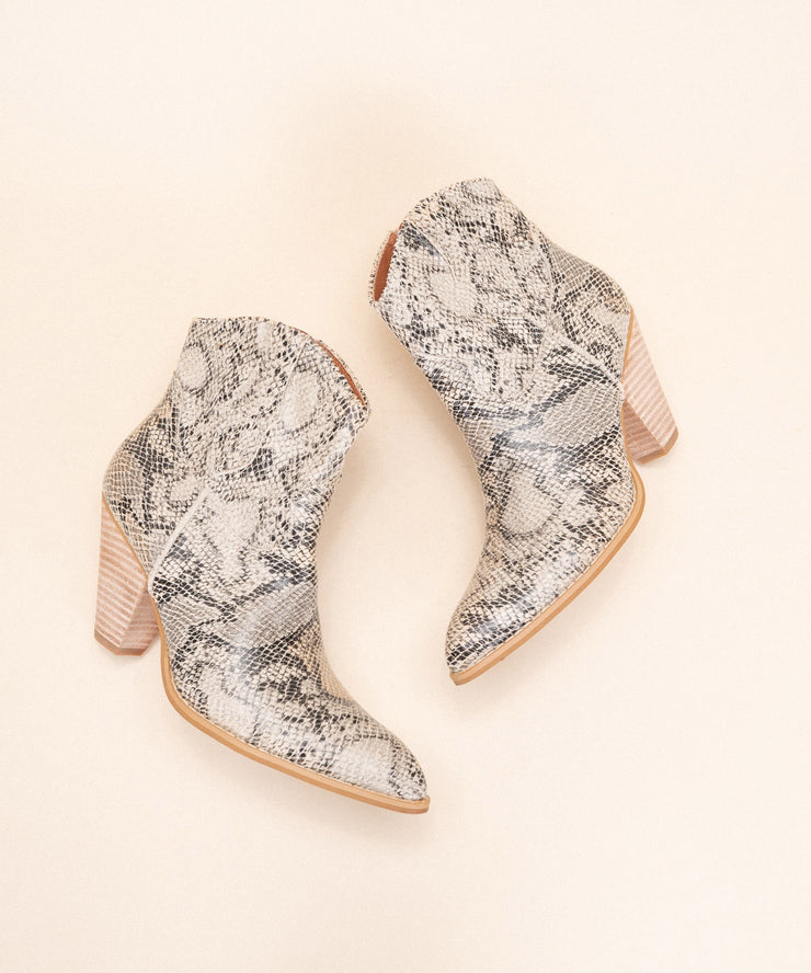 Cosette Snake | Western Style Ankle Bootie