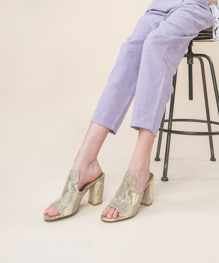 Crown Beige | Snakeprint Chunky Heel