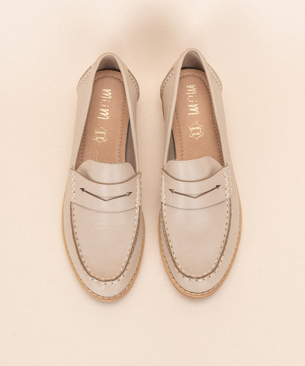 Eris beige Bright Vintage Style Loafers