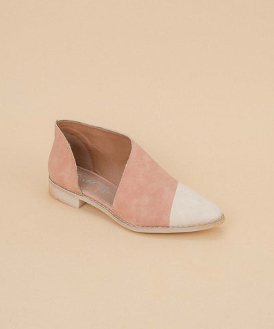 Freya cream Asymmetric Pointed-Toe Flat