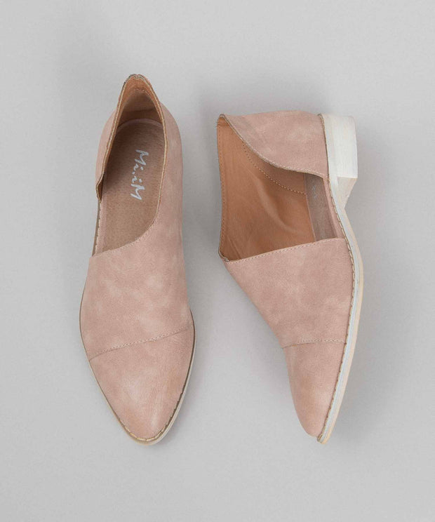 Freya rose Asymmetric Pointed-Toe Flat