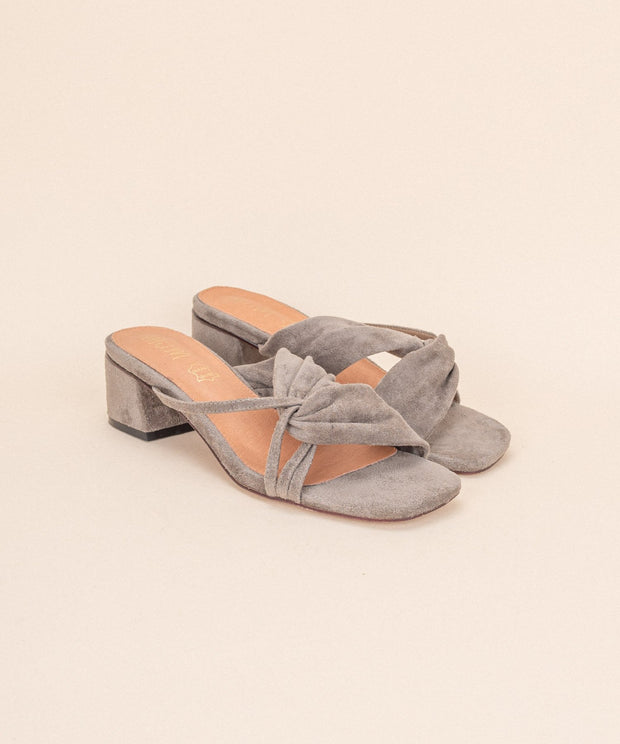 Jackie grey Modern Squared Sandals