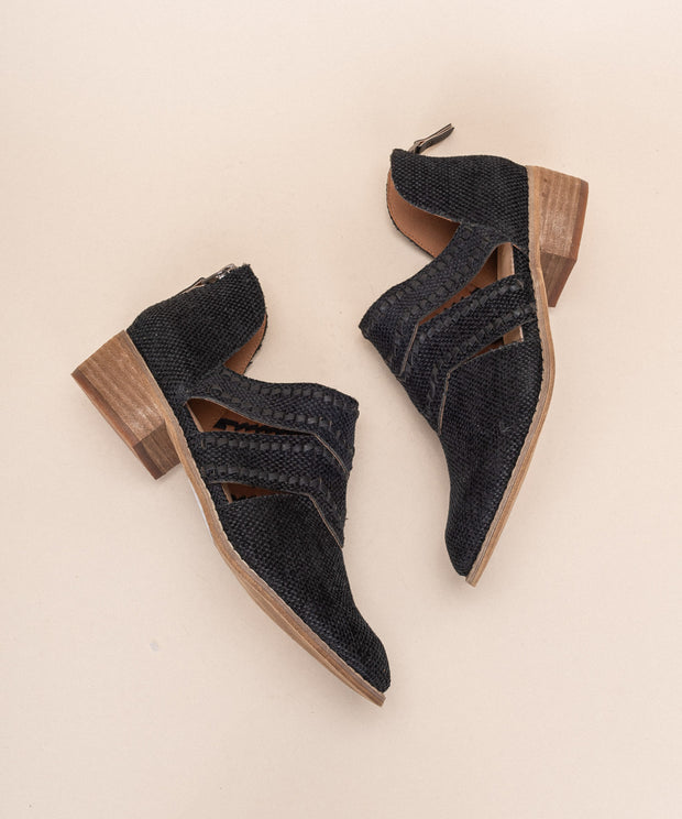 Jacklyn black Distressed Canvas Booties