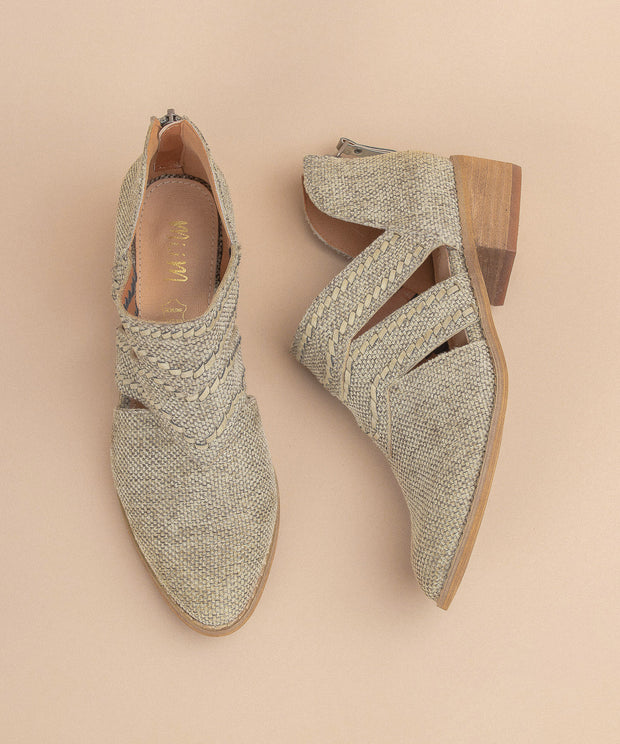Jacklyn beige Distressed Canvas Booties