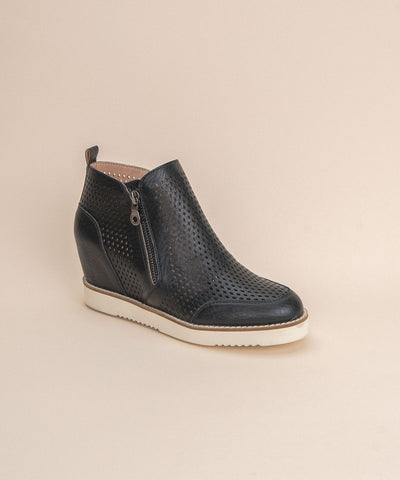 Lamber | Perforated Sneaker Wedge - Black