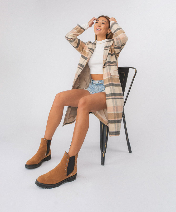 Laura | Studded Chelsea Boot Camel
