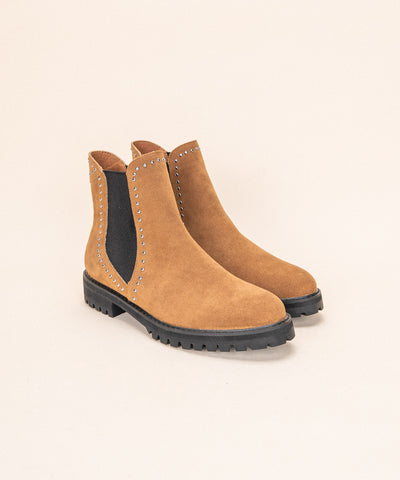 The Laura Camel | Studded Chelsea Boot