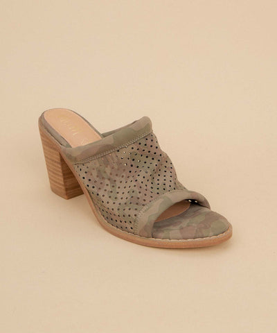 Meadow camo Funky Perforated Wedge