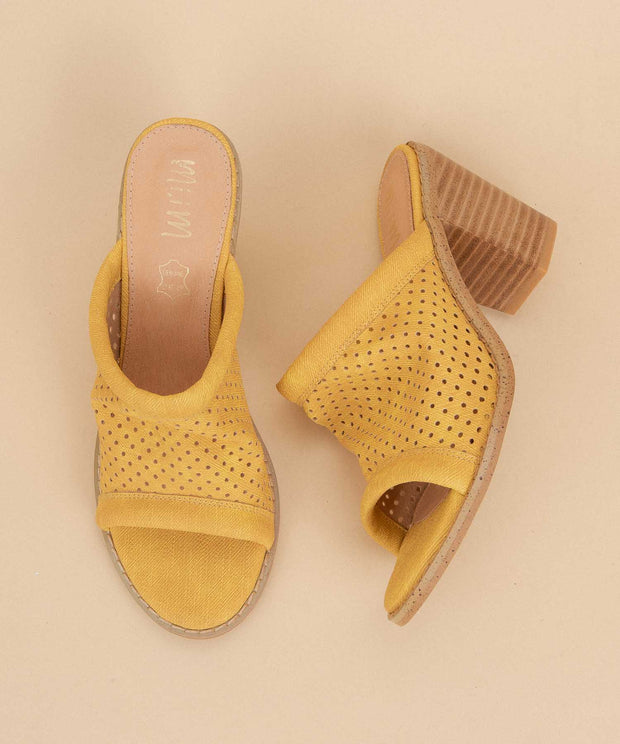 Meadow yellow Funky Perforated Wedge