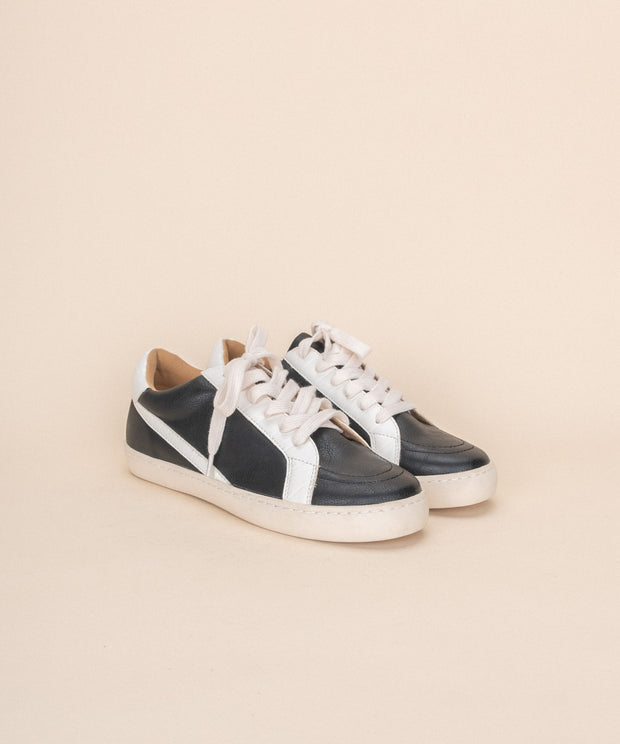 Bella | Low Top Street Sneaker - Black