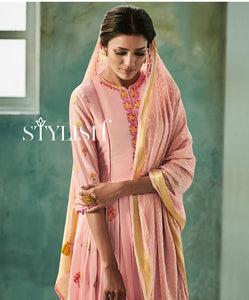 Awesome Suit !!! peach with golden embroidered Dupatta