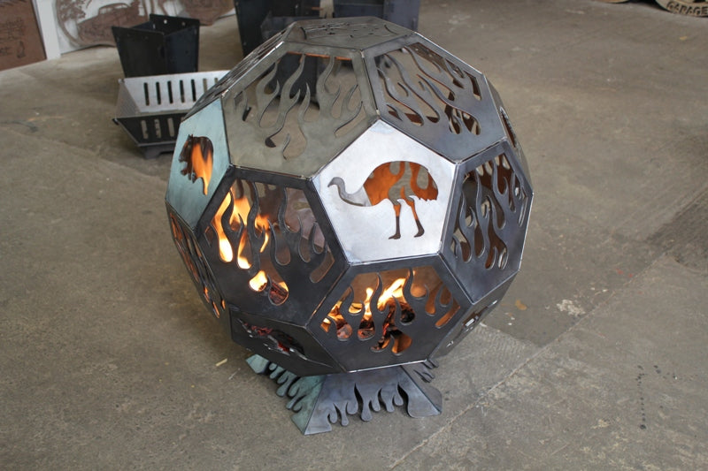 Geodesic Firepit – Flames