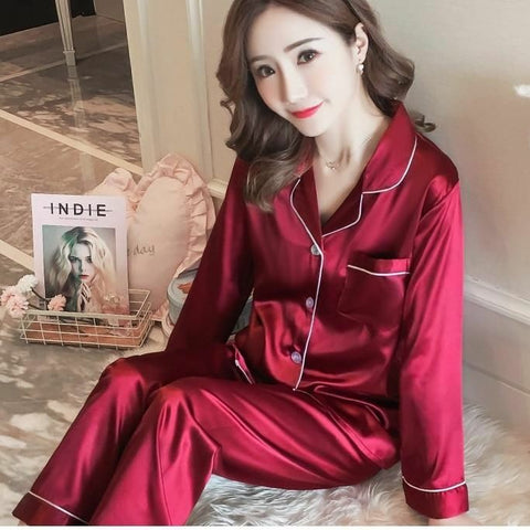 Red Silk Comfortable nightwear