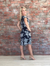 Navy and white floral dress - CAN