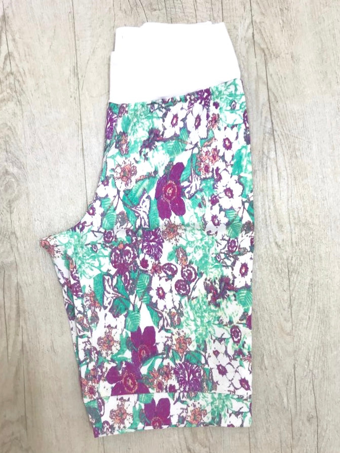 Boutique Mint & Burgundy Printed Shorts