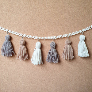 Hairy-Nosed Wombat Tassel Garland