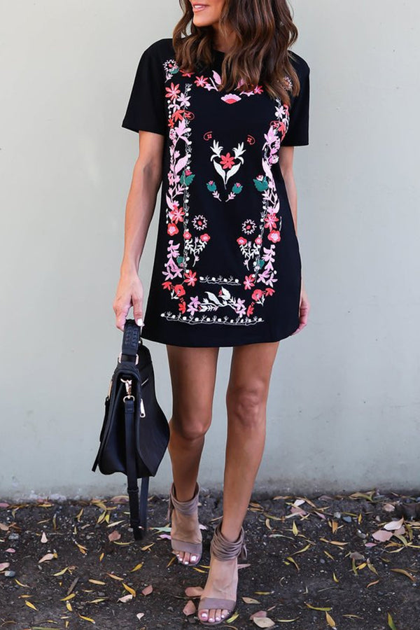 Nation Printed Short Sleeve Casual Dress