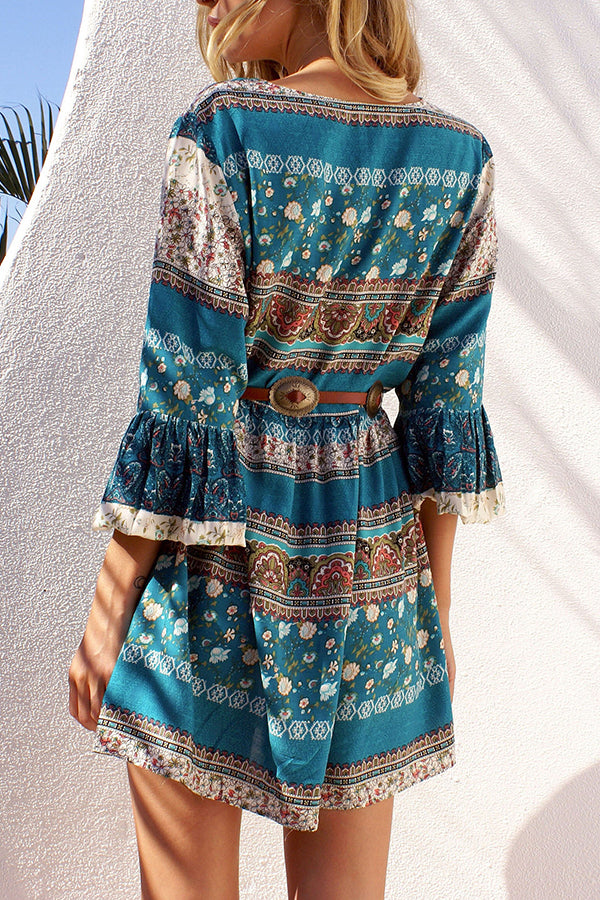 Lace Bandage Trumpet Sleeve Nation Printed Beach Dress