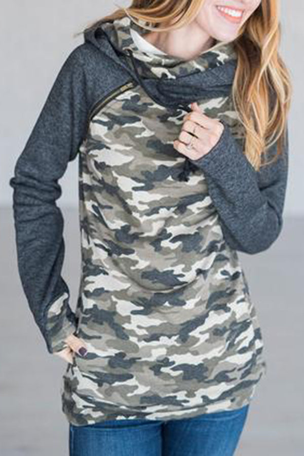 Camouflage Print High Neck Zipper Pocket Hoodie