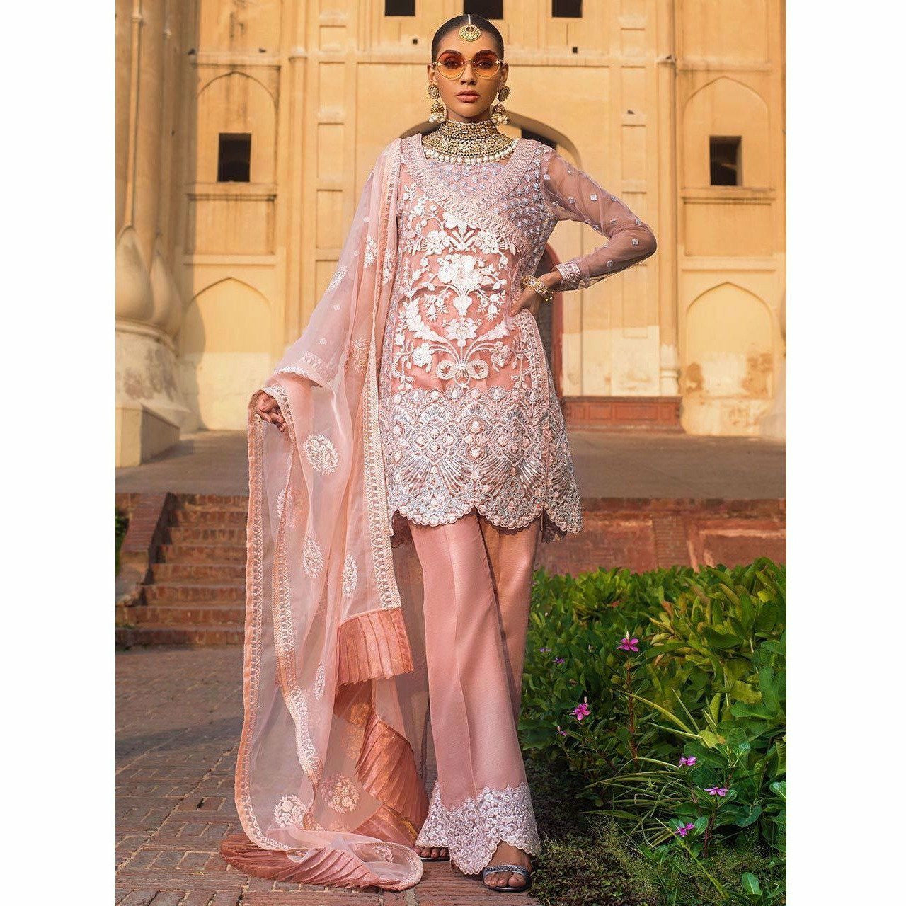 pakistani wedding clothes, pakistani Designer dresses for wedding