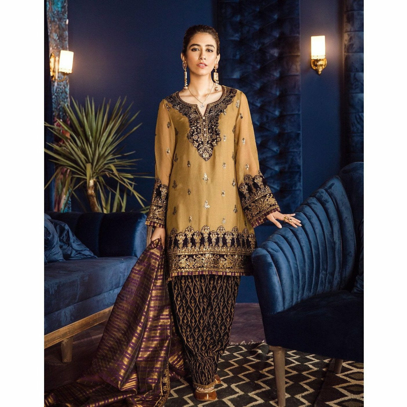 Iznik | Festive Velvet 19 | Majestic Copper 02 - House of Faiza