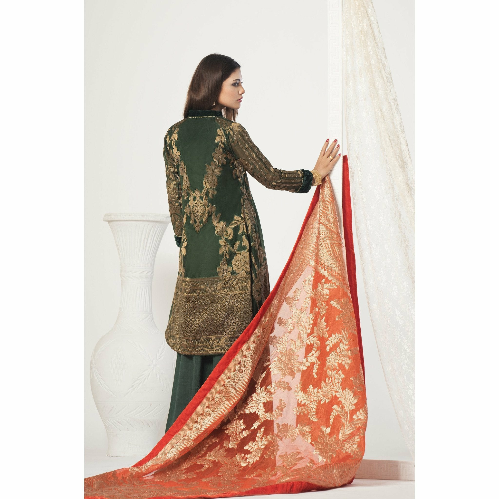 A-Meenah Pakistani Suits UK, pakistani designer suits, salwar kameez uk, ready made pakistani clothes uk, shalwar kameez uk, pakistani clothes uk