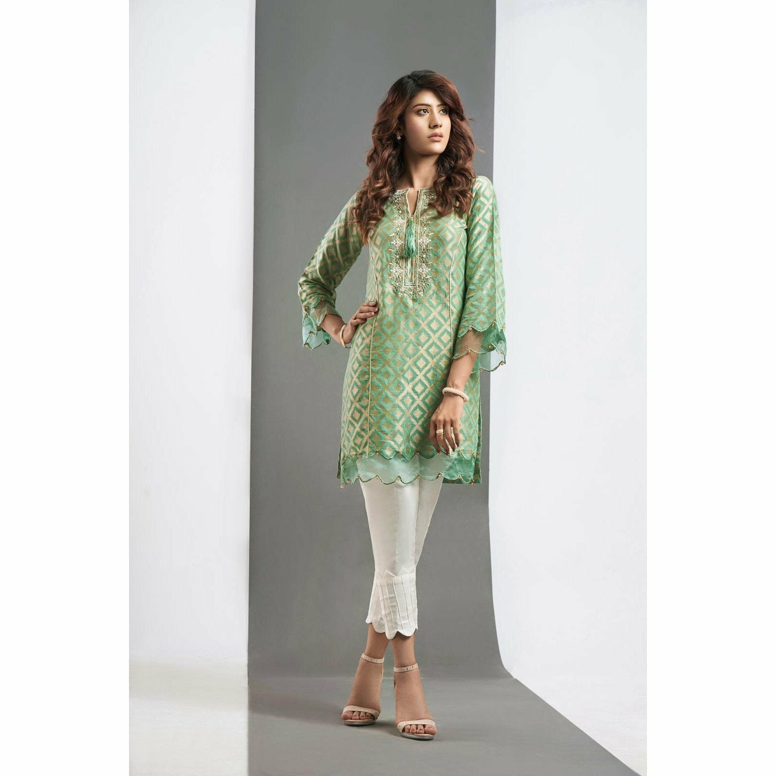 A-meenah Essentielle Chemises | 01 - House of Faiza