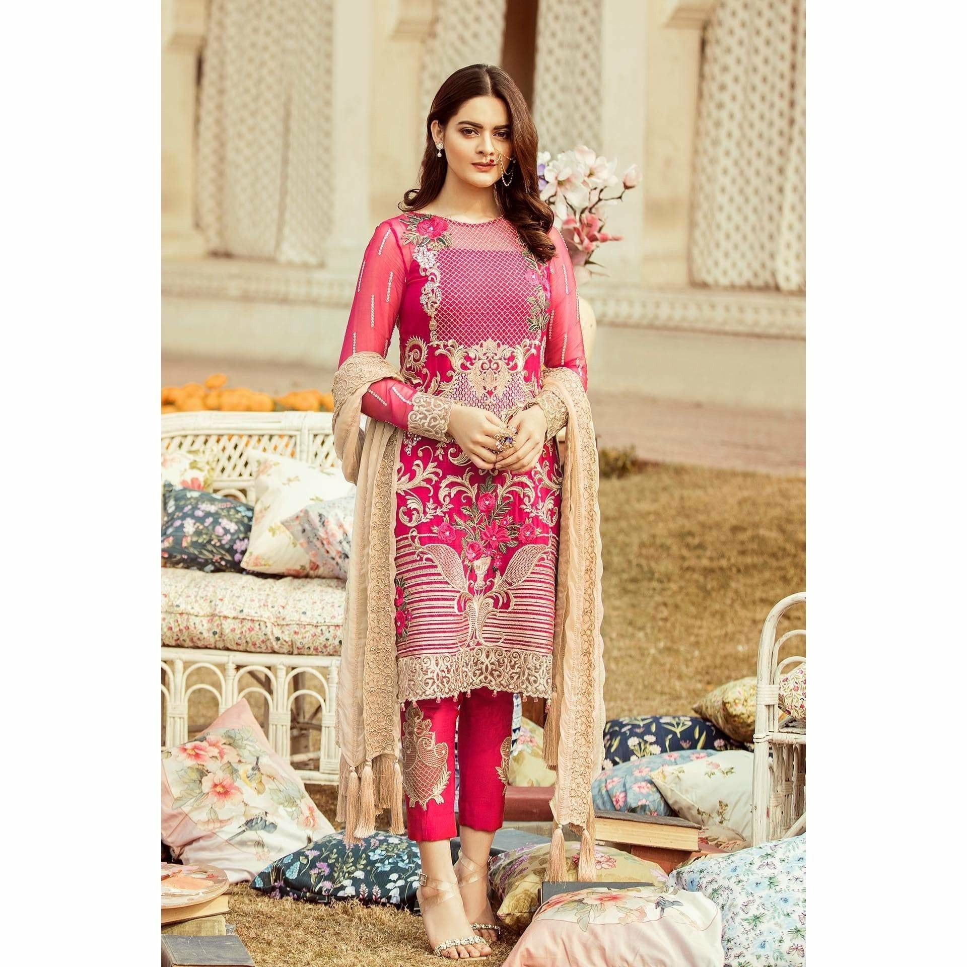 90b3dd6806 Buy Pakistani Shalwar Kameez Designs Online India ... - Mirraw