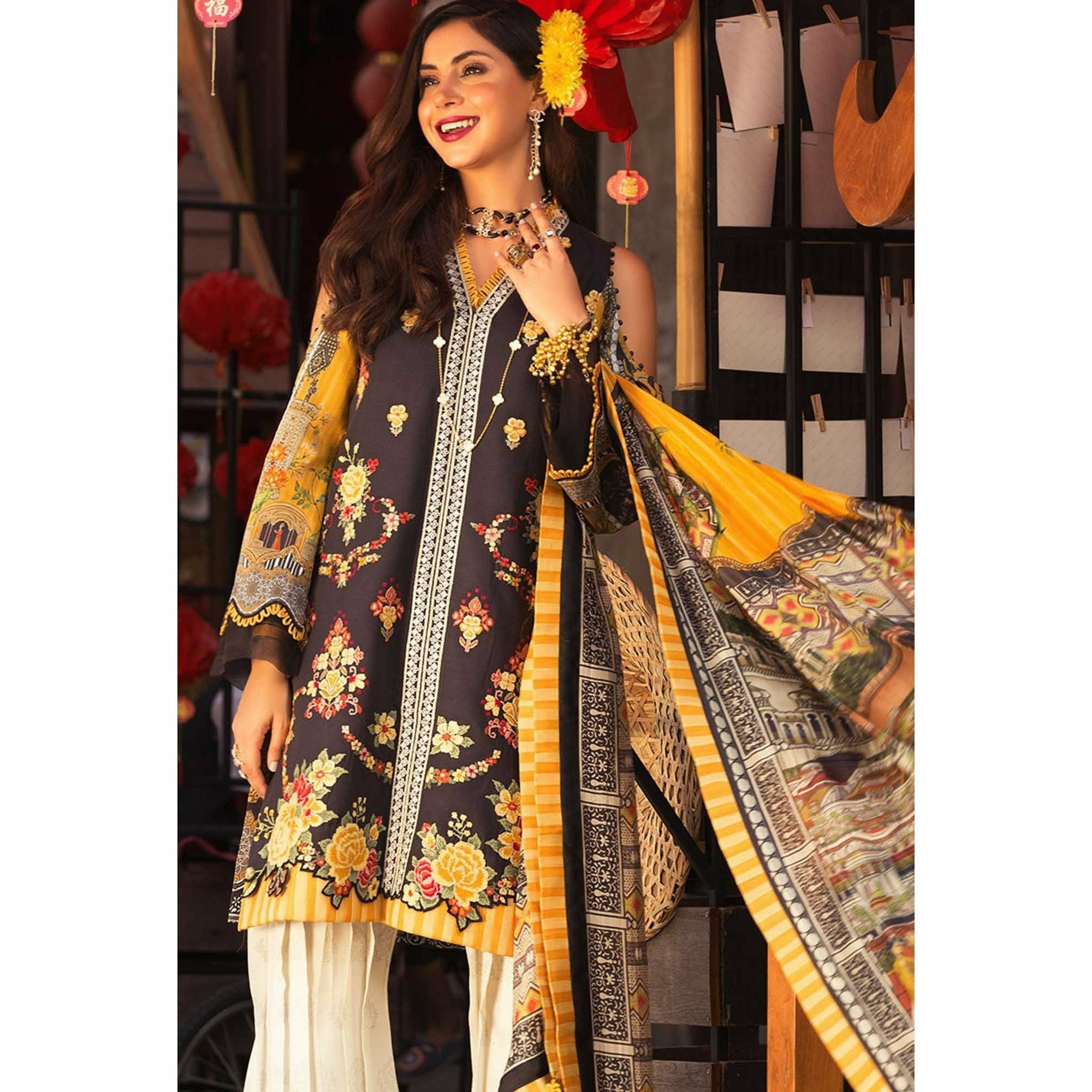 Noor by Saadia Asad | Luxury Lawn 19 - 07-A