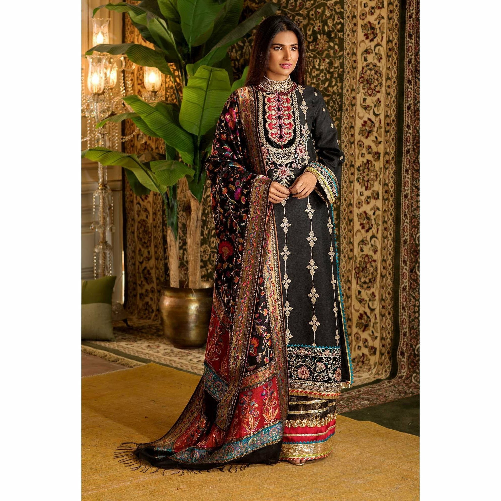 Sadia Asad | EMBROIDERED'19 | NEMBD-D3