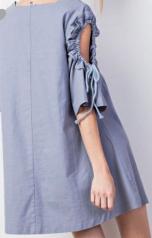 TIED SLEEVE KEYHOLE WOVEN DUSTY BLUE DRESS