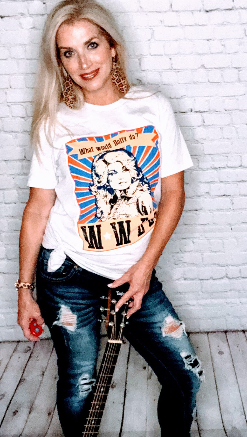What Would Dolly Do? Graphic Tee