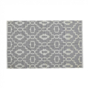 White and Light Grey Abstract Pattern