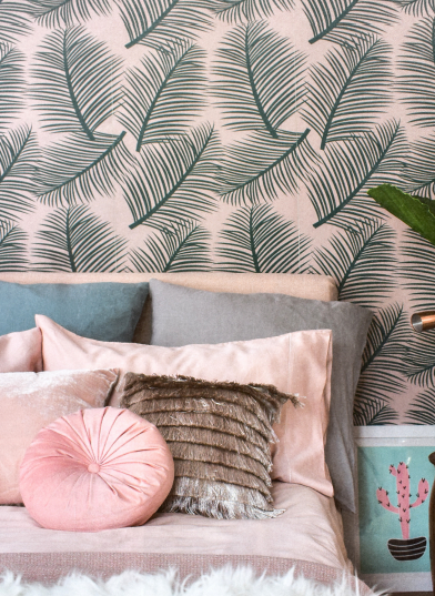 the room alive green on blush wallpaper