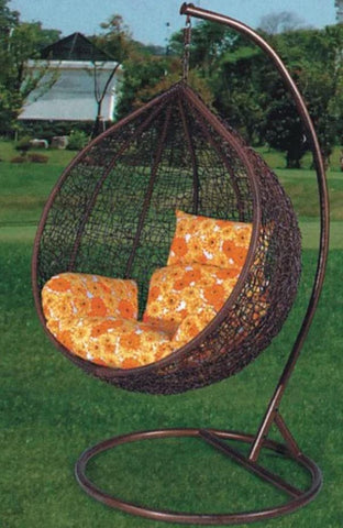 Outdoor Swinging Chair! Brown!